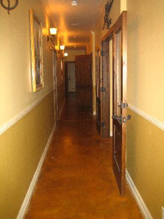 High Ridge Manor: hall from room to billards room where snacks and wine awaits