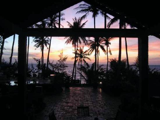Cassia Cottage: Sunset from our room at Cassia