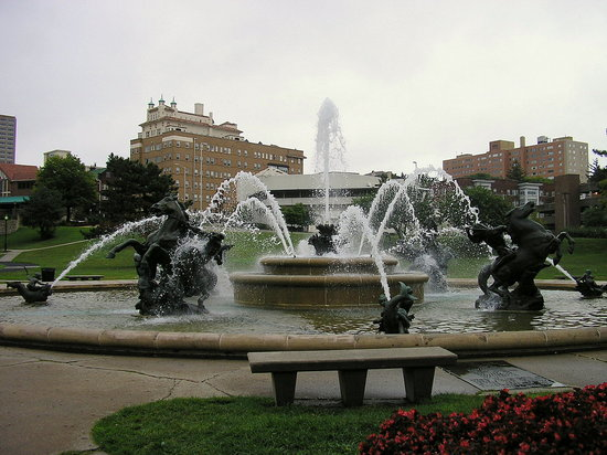 Kansas, MO: J C Nicholls Fountain