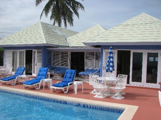 Silver Sands Vacation Villas: Blue Vista - Pool Area