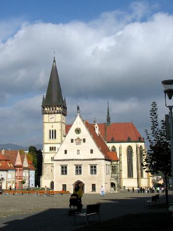 Slovacchia: Bardejov - the church and the town hall