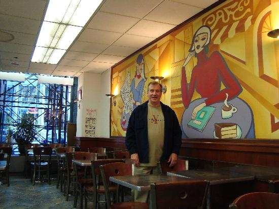 810 Deli Incorporated : Nice mural-Who's that man?