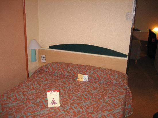 Ibis Lourdes : One of our rooms.