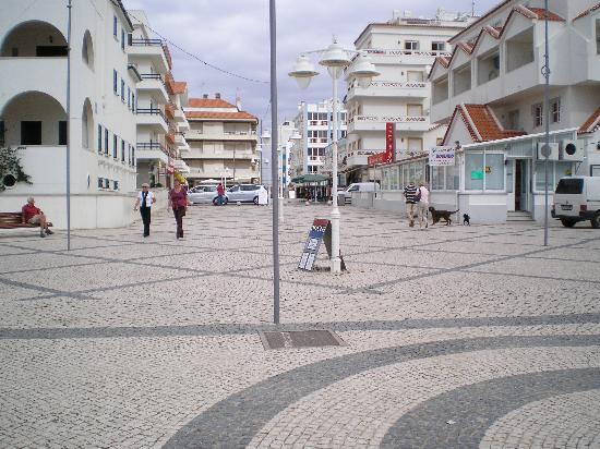 Hotel Navegadores : Main street