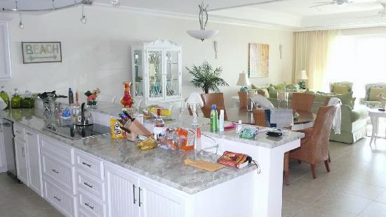 Caribbean Club: kitchen