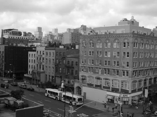 Jazz on the Town Hostel: 14th street vue du toit de l'auberge