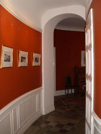 Hotel Esplanade: the hallway to our room