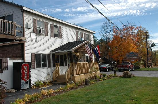 Pemi Cabins: kim and Ricks house/office