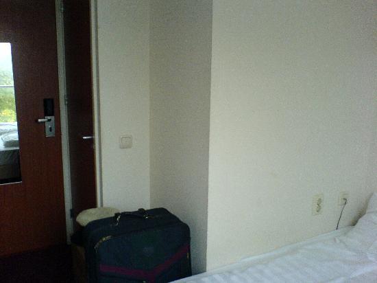 Vivaldi Hotel : Das Zimmer vom Fenster aus gesehen...