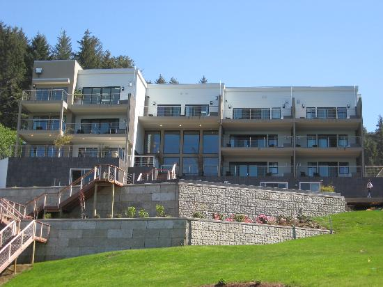 Whale Cove Inn : From the Wedding Ring