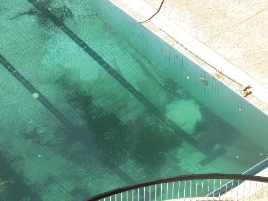 Siag Pyramids Hotel : any one for a swim