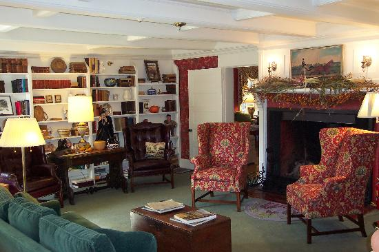 The Inn at Ormsby Hill: Sitting Room