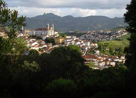 Ouro Preto, MG: vista parcial do centro historico
