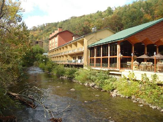 River Terrace Resort and Convention Center: Duck Watch Building