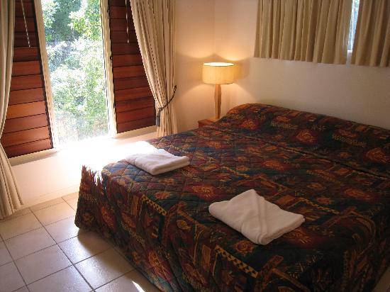 Central Plaza Port Douglas: Main Bedroom