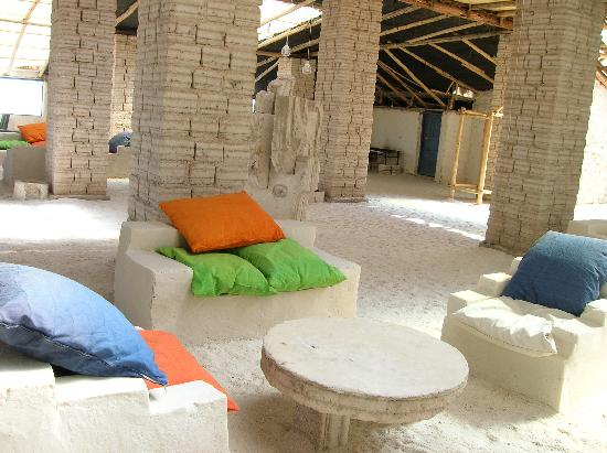 Hotel Palacio de Sal: Forniture in the Salt Hotel