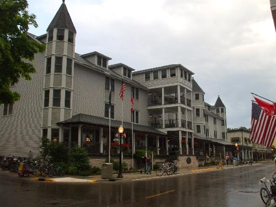 Lake View Hotel: The Lakeview Hotel