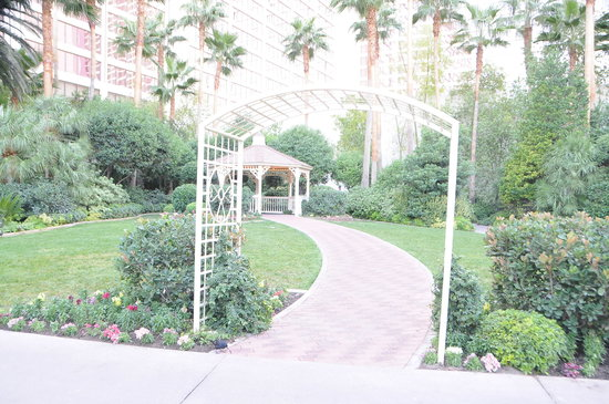 Gazebo Chapel At The Flamingo Las Vegas Nv Address
