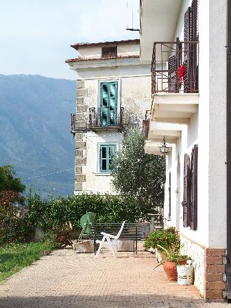 Italy Farm Stay: Main House