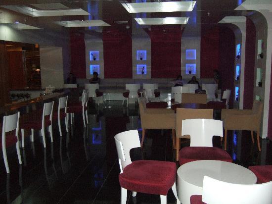 Vera Mare Resort: Le bar intérieur