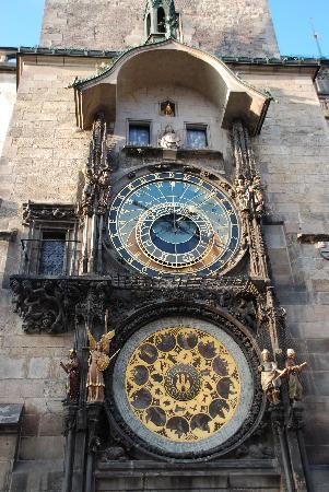 Hotel Pod Vezi: The Clock