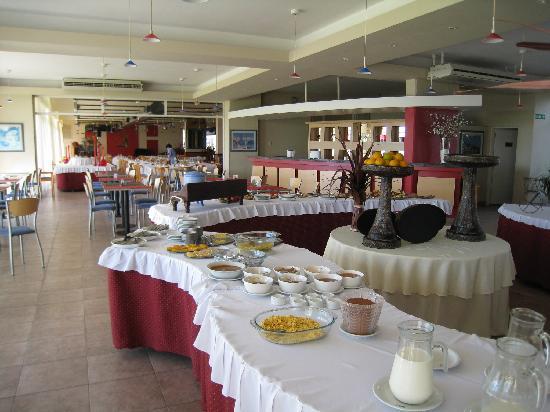 Marina del Faro: desayuno