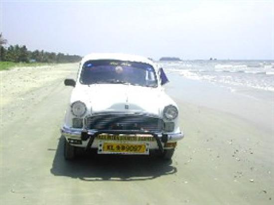 Muzhappilangad Drive-in Beach: Ambassador on Drive-in Beach