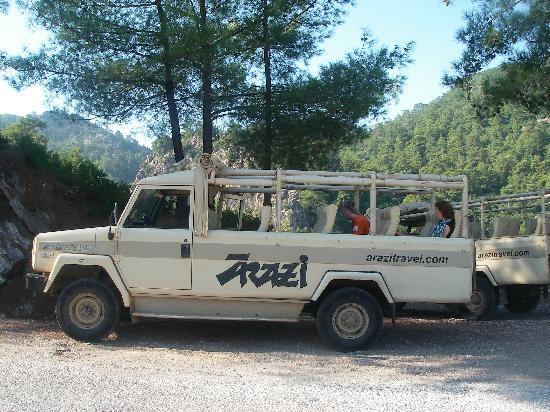 Club Aida: Jeep safari