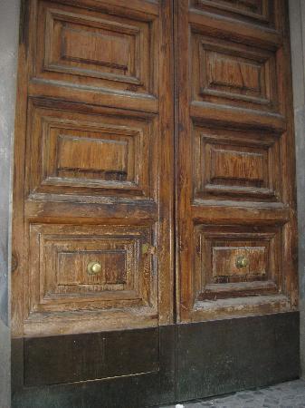 New Morpheus Rooms: doors
