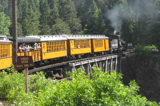 Days Inn Durango: Old time narrow gauge steam