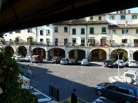Albergo Giovanni da Verrazzano : From the hotel balcony
