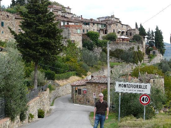 Albergo Giovanni da Verrazzano : 30 minutes walk from Greve