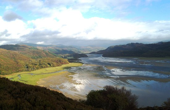 Barmouth, UK: panorama walk magnificent view