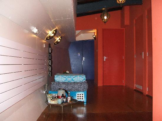 B&B Le Maroxidien: pasillo