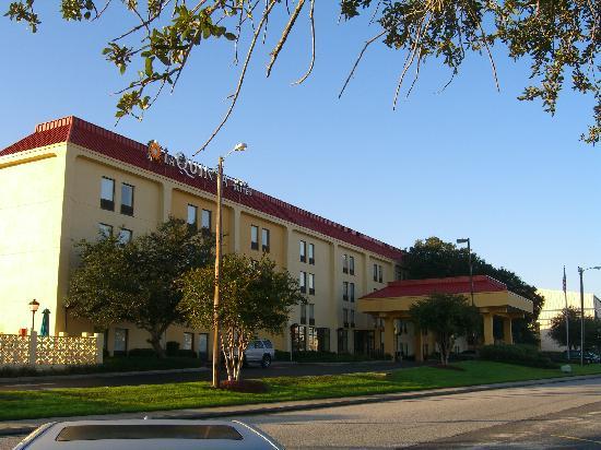 La Quinta Inn Suites Charleston Riverview