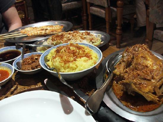 Le Javanais : Mix & match spicy dishes