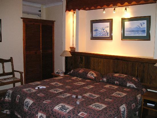 Zulu Nyala Game Lodge: Das Zimmer war gemütlich eingerichtet