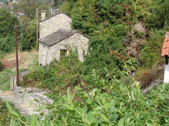 Zagorohoria, Greece: Water mill at Tristeno east Zagori
