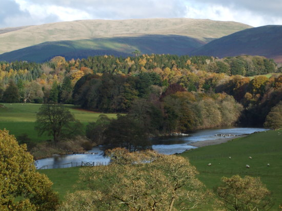 Kirkby Lonsdale, UK: Ruskins View (couple of minutes away)