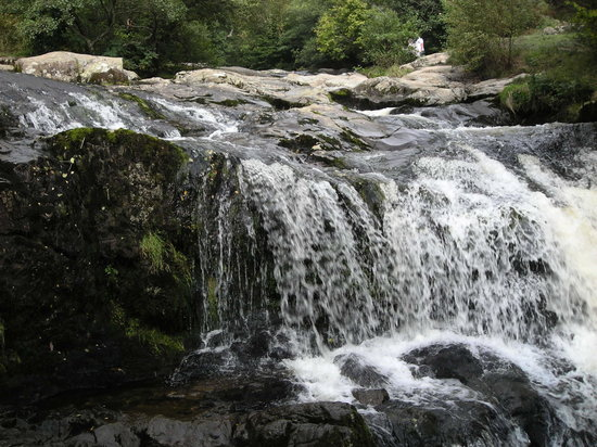 Lake District, UK: aria falls, Ullswater