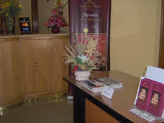 The Karvin Hotel: Reception area