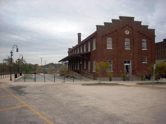 Exterior of the Depot Grille in Downtown Lynchburg