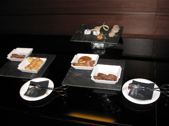 Hesperia Tower: The poor selection of Tapas