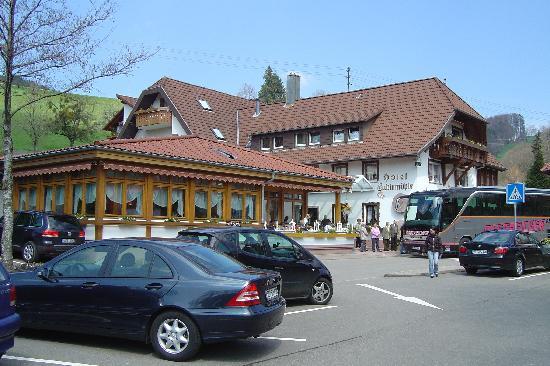 Freiamt, Niemcy: Haupthaus mit Restaurant