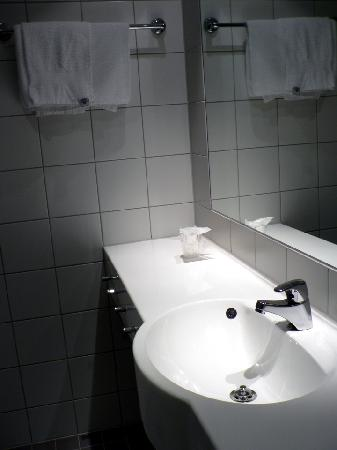 Clarion Collection Hotel Bryggeparken: Bathroom