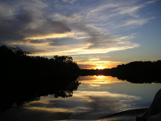 Juma Amazon Lodge: sunset over the Juma river