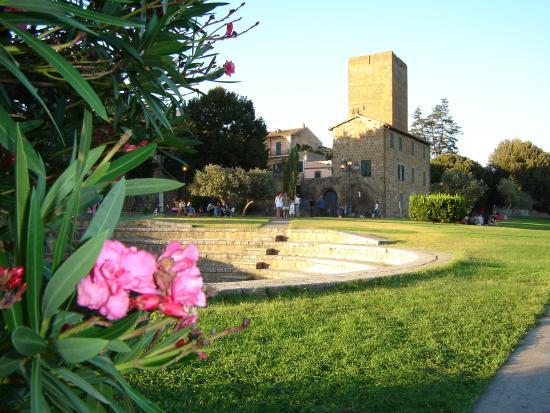 Locanda di Mirandolina: Tuscania, Italy