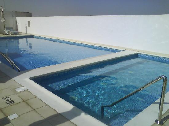 Premier Inn Dubai Investments Park Hotel: whirlpool