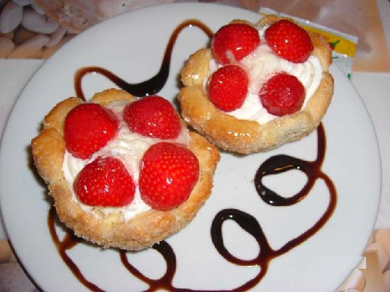Vencia Hotel: Desserts that look and taste good!