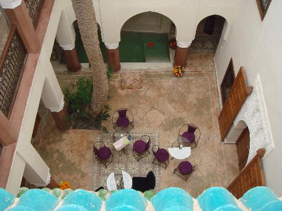 Zamzam Riad : The courtyard